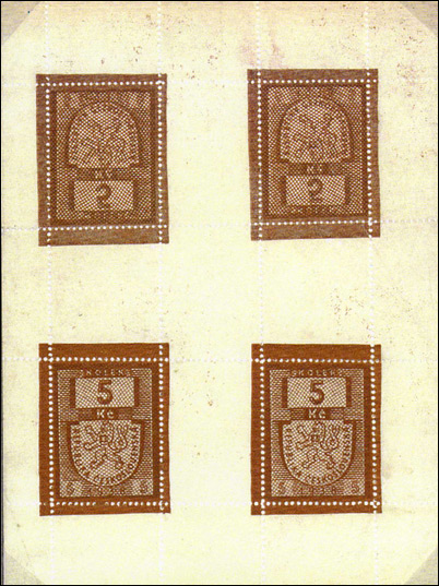 Czechoslovakian forgery of the Czechoslovakian 5 koruna red-brown fiscal stamp of 1938